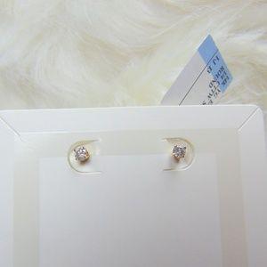 1/4 CT. T.W. Diamond Solitaire Stud Earrings in 14